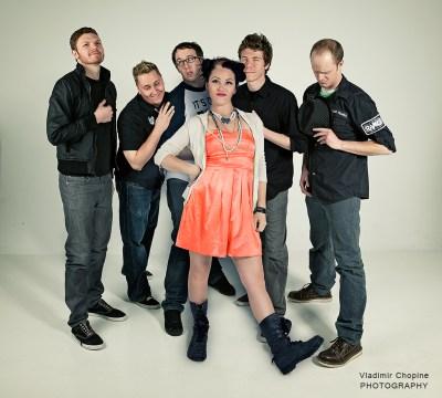 Bombshell Academy, band