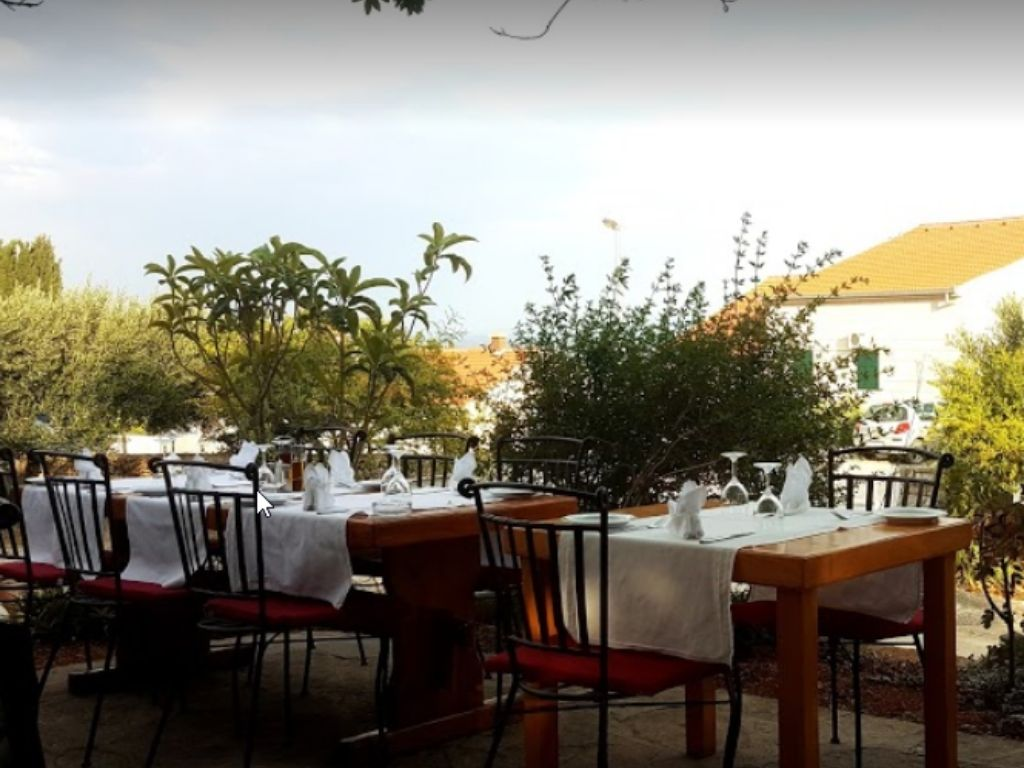 Restauracja Ranc w miejcowości Bol