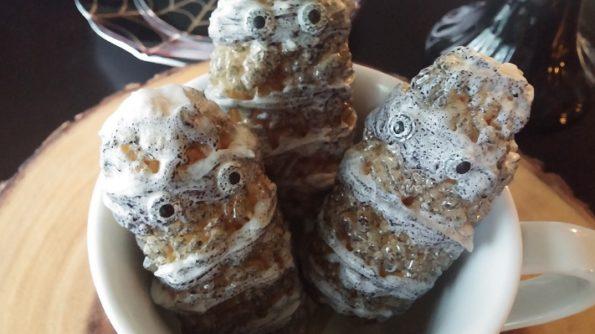 Mummy Marshmallow Krispy Treats