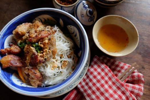 Saigon Recipe Bún chả giò thịt nướng