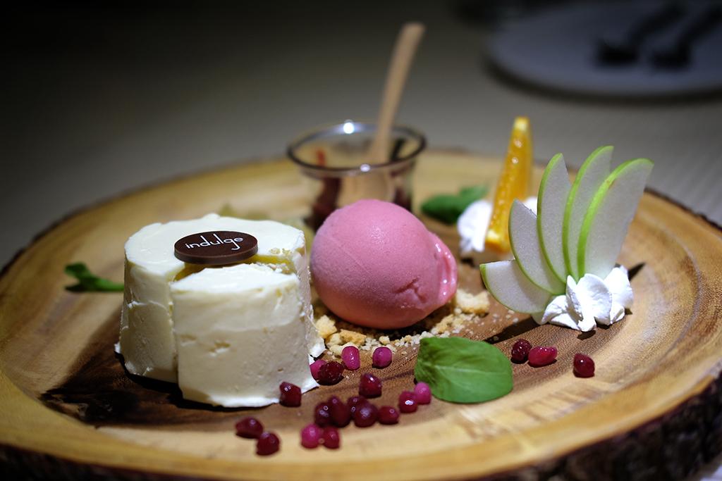 Cheesecake at Indulge Bangkok