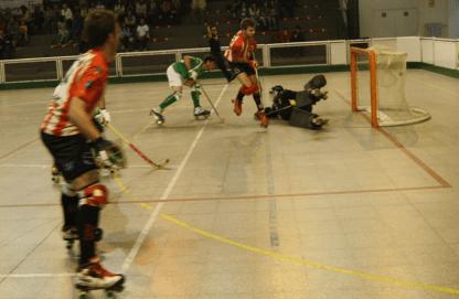 Instant d'un dels gols d'Oriol Vivet.  Foto: Ton Falqués