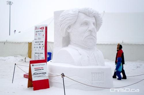 Festival du Voyageur Sculpture