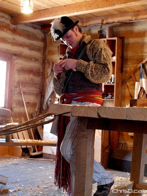 Wood Carver - Festival du Voyageur