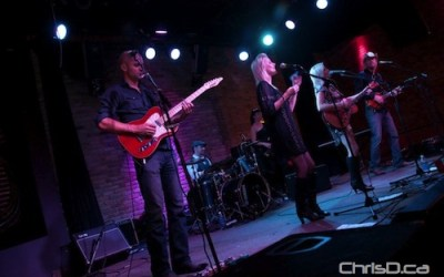 Jetty Road, Keith and Renée Perform at the Pyramid (PHOTOS)