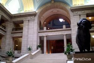 Manitoba Legislative Building (CHRISD.CA FILE)
