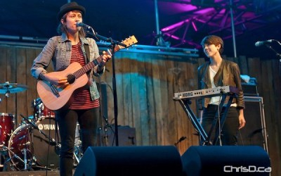 Backup Singers to Get 'Closer' to Tegan and Sara