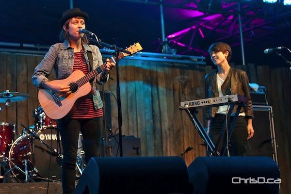 Tegan and Sara perform at the Winnipeg Folk Festival on Thursday, July 7, 2011. (TED GRANT / CHRISD.CA)