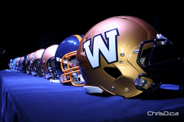 Winnipeg Blue Bombers new logo and helmet design (front) (DARRIN BAUMING / CHRISD.CA)