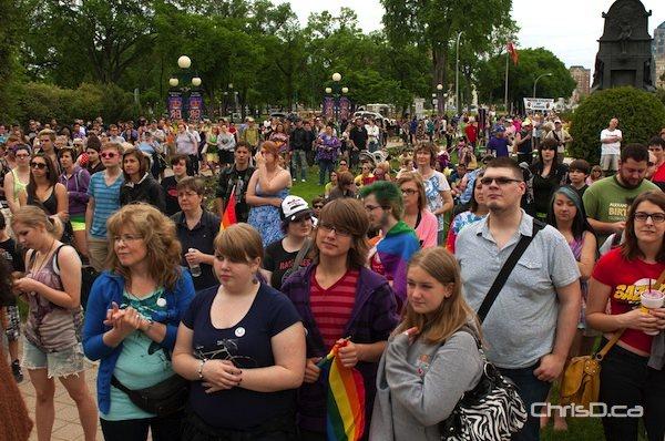 Thousands gather at the Manitoba legislature for the Pride Winnipeg festival on Sunday, June 3, 2012. (TED GRANT / CHRISD.CA)