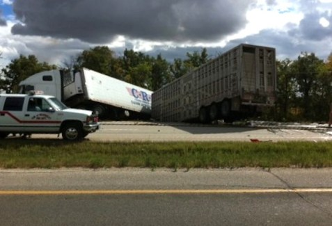 Two semi-trailer trucks were involved in an accident on Highway 1 west of Winnipeg on Thursday, September 6, 2012. (ALISON ZULYNIAK / METRO WINNIPEG)
