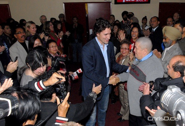 Liberal leadership candidate Justin Trudeau greets supporters at the Punjab Banquet Hall on Saturday, October 20, 2012. (STAN MILOSEVIC / CHRISD.CA)
