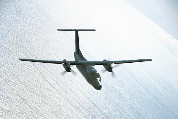 CT-142 Dash-8