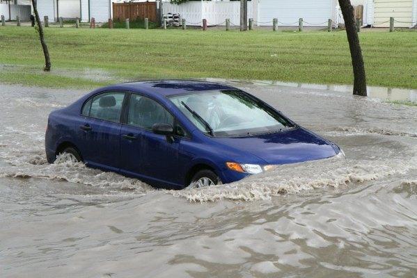 Flooded Concordia Avenue