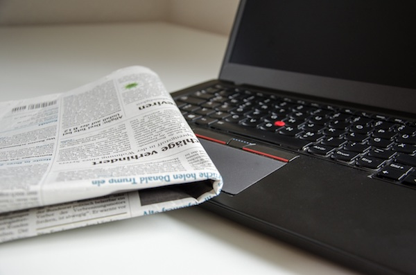 Newspaper - Laptop