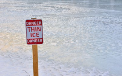 City Warns Winnipeggers to Stay Off the Ice