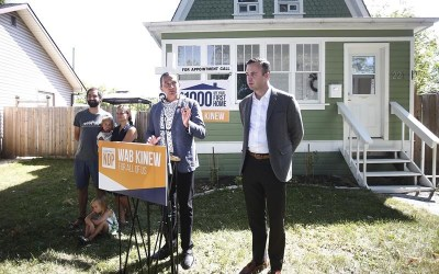 Manitoba New Democrats Want Public to Weigh in on Possible End to Clock Changes