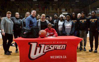 Fort Richmond Guard Uwambajimana Commits to Wesmen Basketball