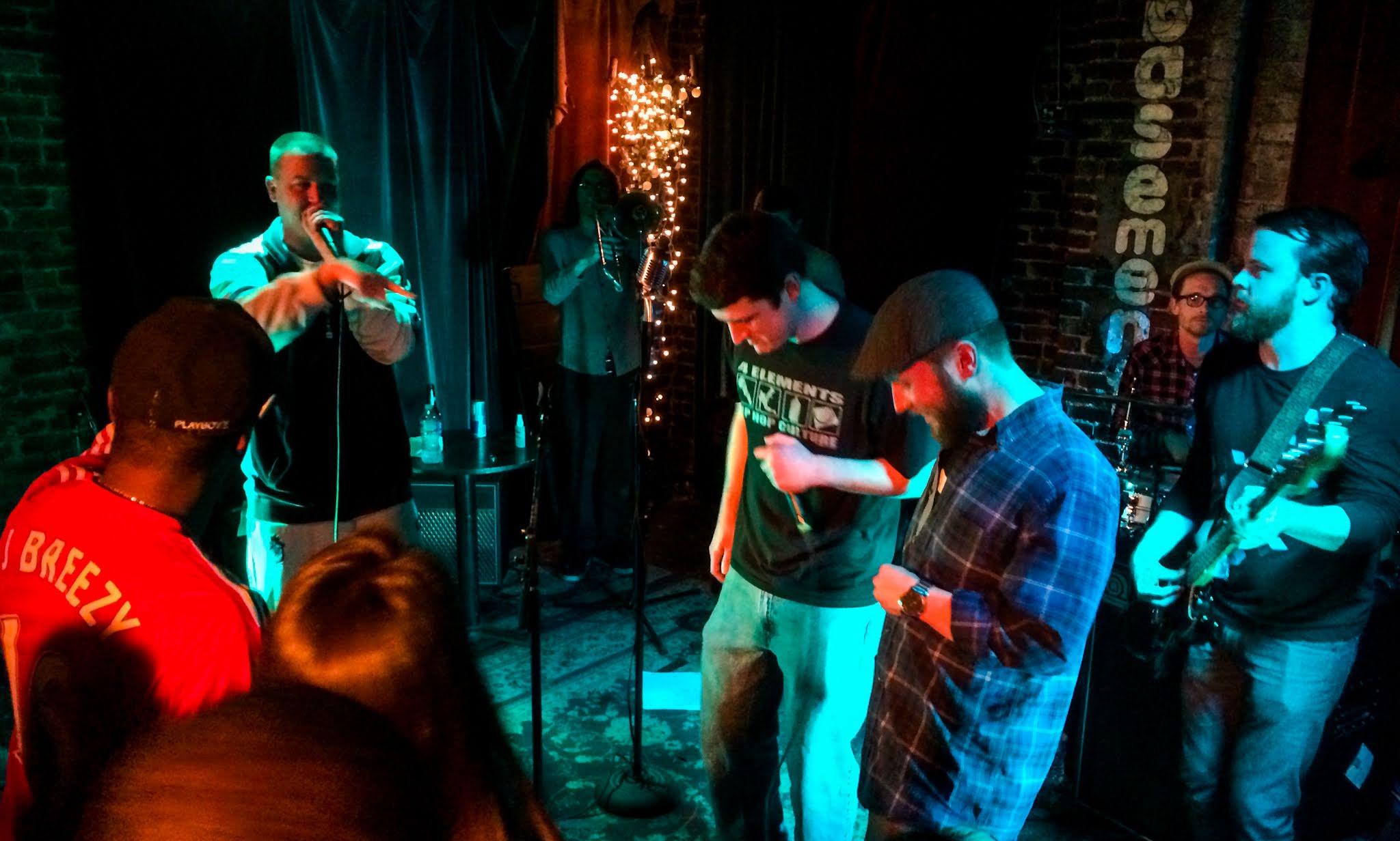 DeRobert Basement Nashville Live