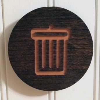 trash-medallion