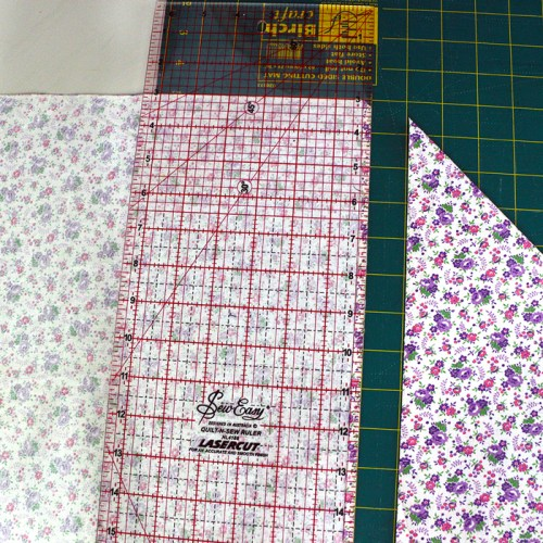 cut-fabric-for-faux-piping-1