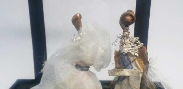 L'union du forestier et de la dame en blanc, les petits mondes de Chrismali