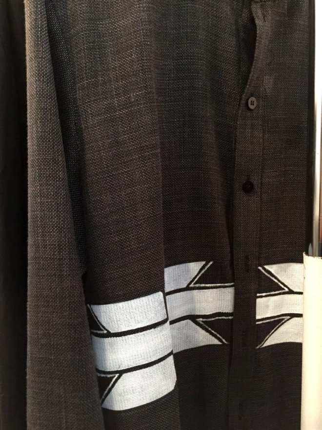 ken-Okada-détail-chemise-homme-lin