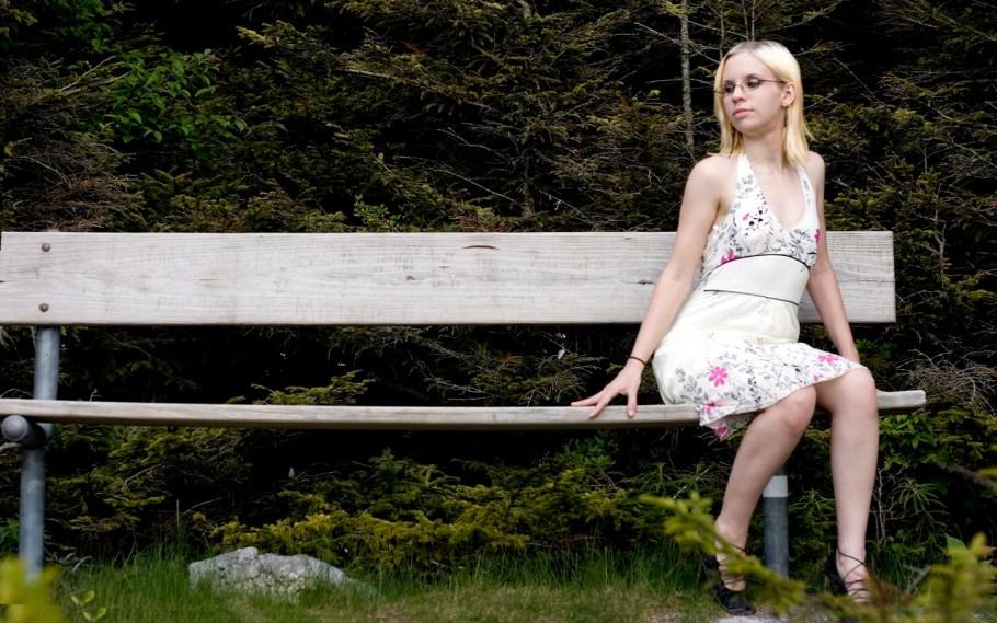 Amaya bench