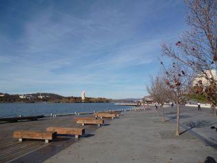 Image of Lake Burley Griffin towards Kings Avenue Bridge