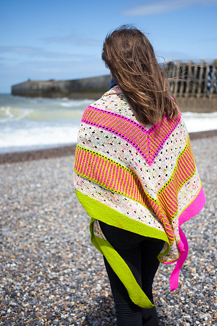 Born To Be Free - brioche shawl