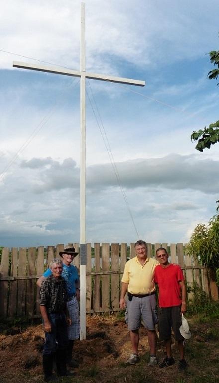 Cross. San Antonio Brazil 12.13.14 200