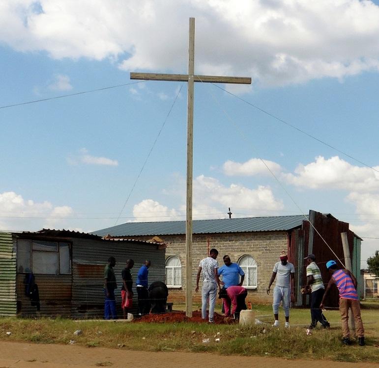 Cross. 0076 Lakeside, South Africa WEB 01