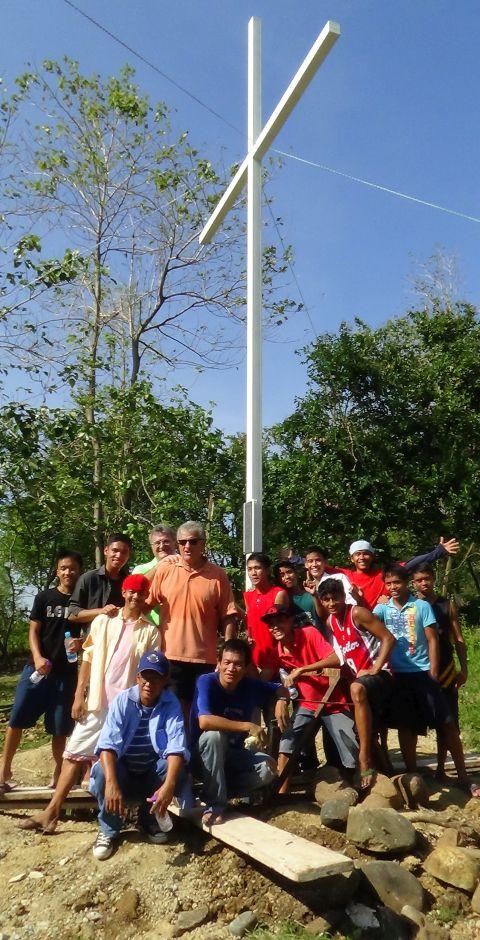 07 Cross 0054 Tarlac Philippines WEB