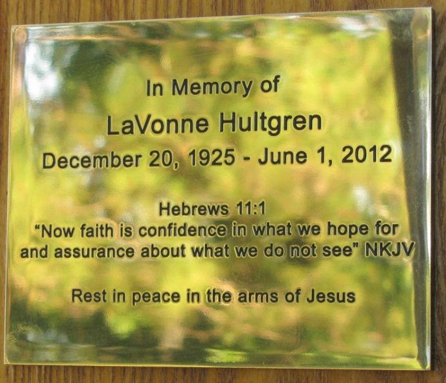 15 Cross 0031 Hultgren WEB