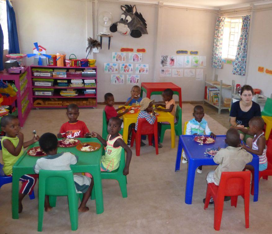 18 Cross 0055 Mochudi, Botswana WEB