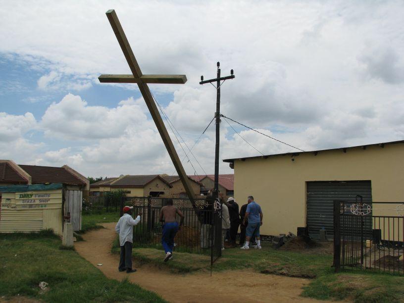 Cross 0005 Madadeni 17