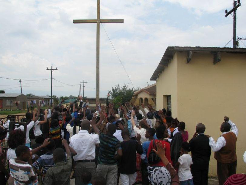 Cross 0005 Madadeni 24