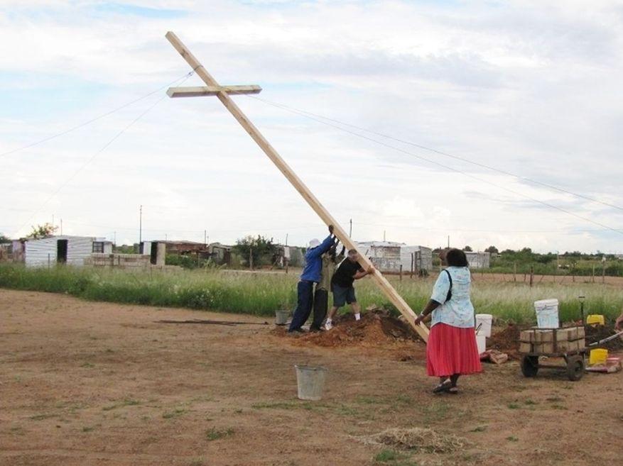 Cross 0013 Mmotla 06