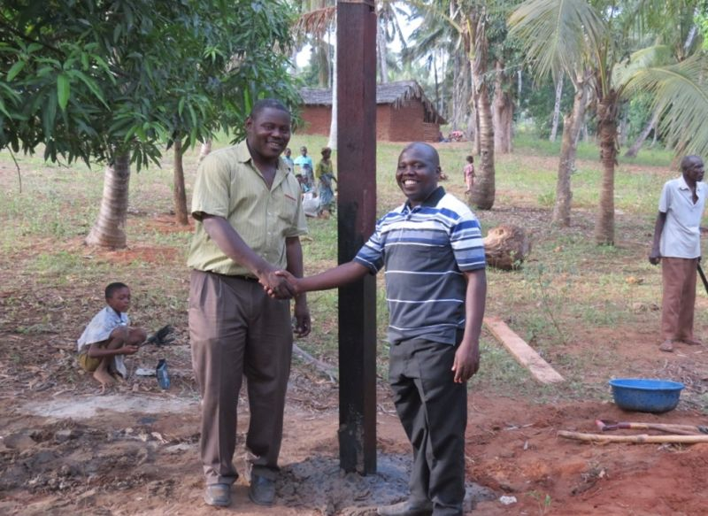 Cross 0027 Mtwapa Kenya WEB 08 changed info