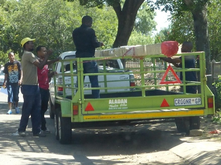 Cross 0063 Soweto - Zola SA Web 03