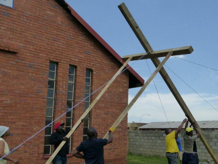 Cross 0063 Soweto - Zola SA Web 18