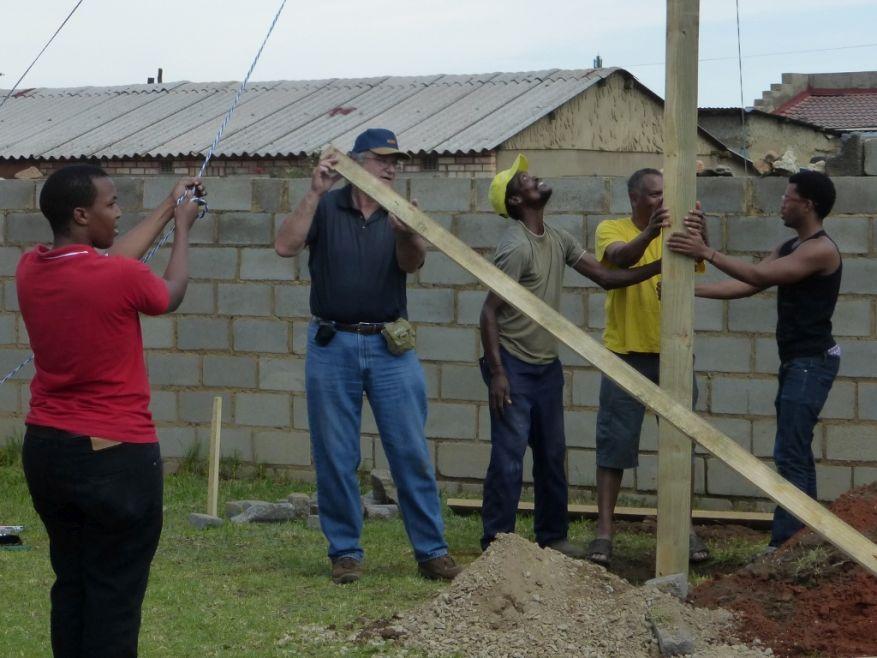 Cross 0063 Soweto - Zola SA Web 21
