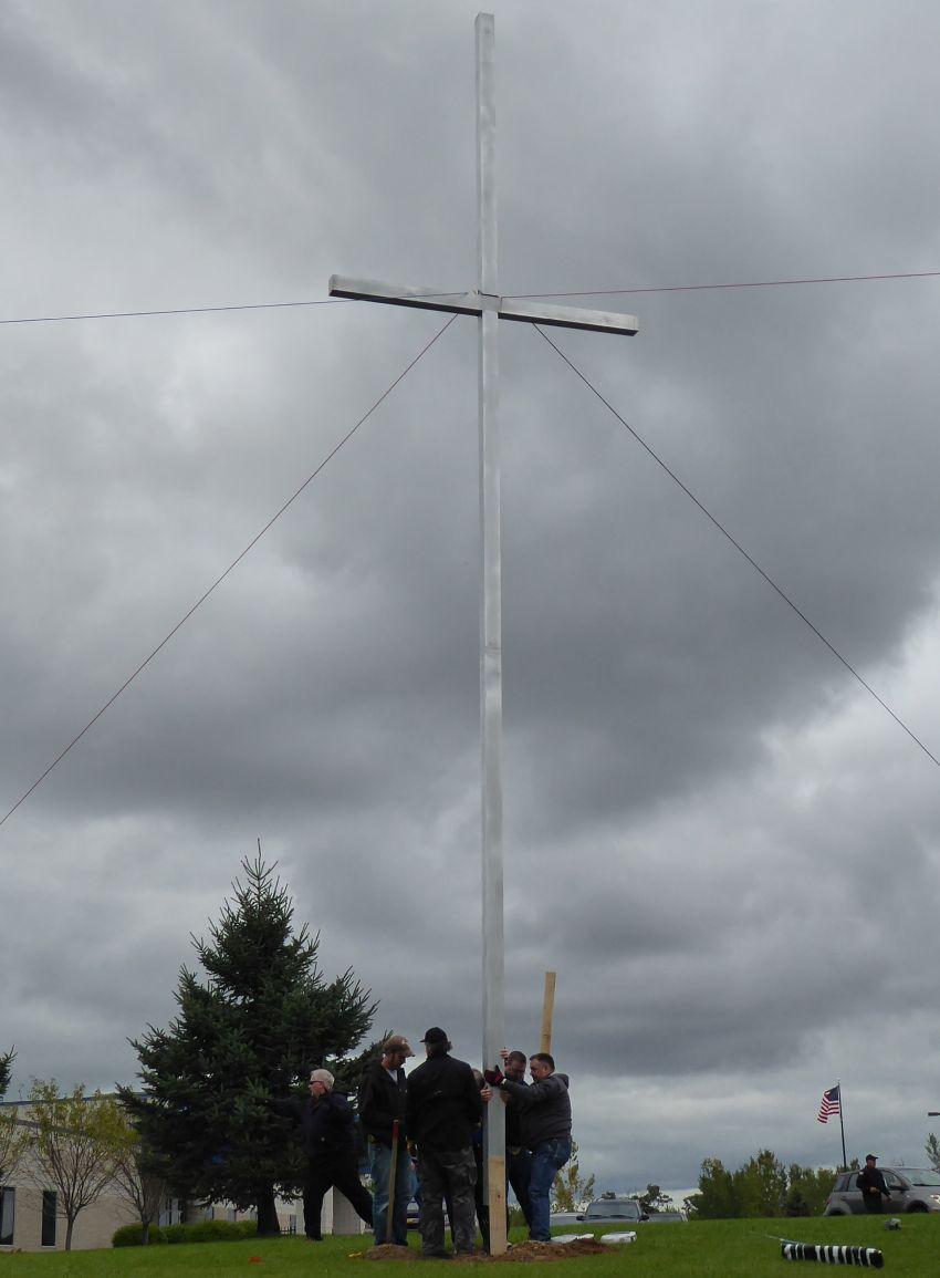 Cross. 0122 CCS 09