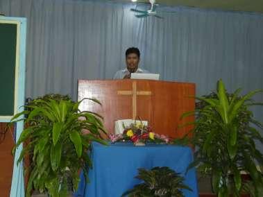 Pastor Ian Mariano shares a powerful sermon on the Cross