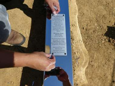 Attaching plaque