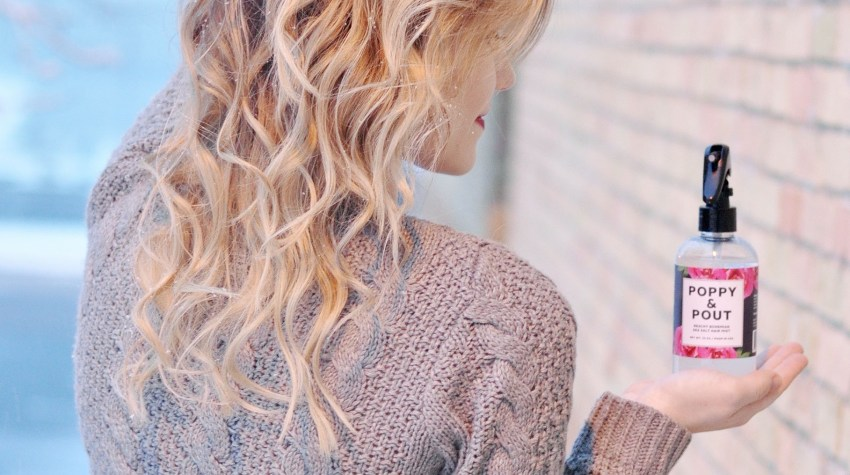 How to Get Beach Waves with a Curling Wand