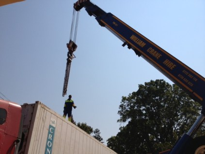 Hooking up the container