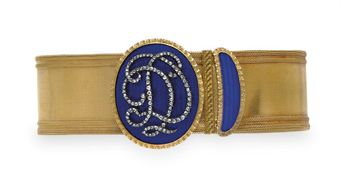 AN ANTIQUE DIAMOND, ENAMEL AND GOLD BRACELET