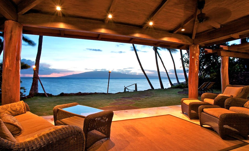 <b>3 Bedrooms, 1,404 sq. ft.</b><br/>With its phenomenal private Baby Beach location, this home was completely remodeled in 2007, adding a third bedroom, pool/water feature, new kitchen and baths, entry gate, and beach entrance. Enjoying true Hawaiian ambiance and perfect all-season weather, it is a short walk to Lahaina Town, shopping center, and fine restaurants.