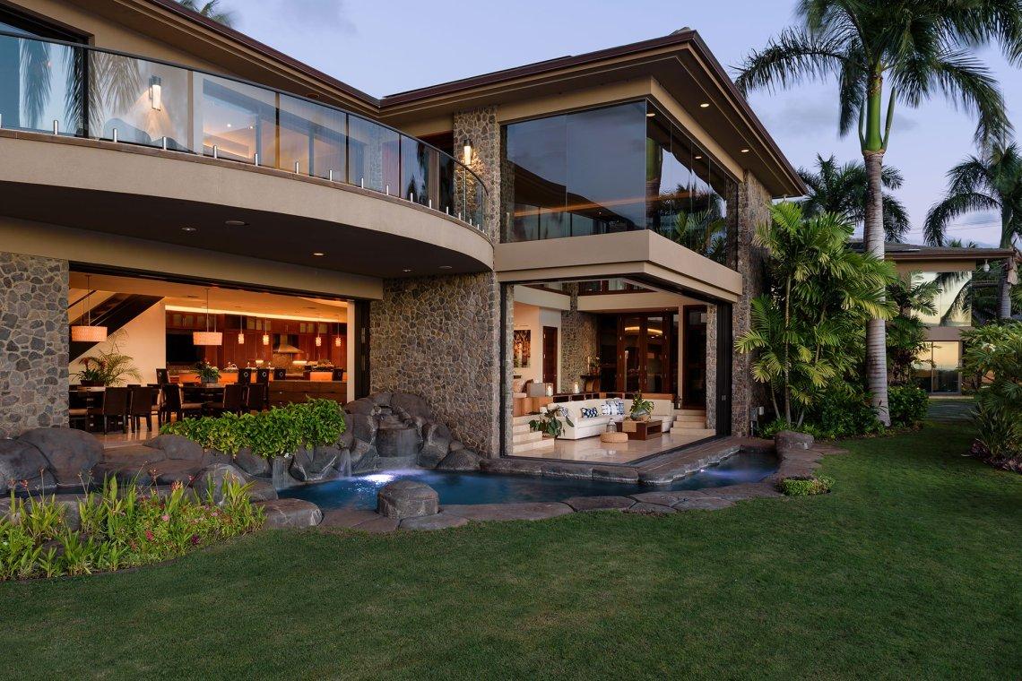 Hawaii Contemporary 1 2